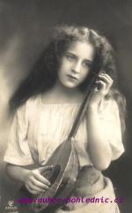 Žena- hudební nástroj